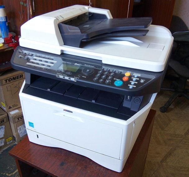 Kyocera EcoSys M2035DN скрип и шорох при печати. Ошибка C6000
